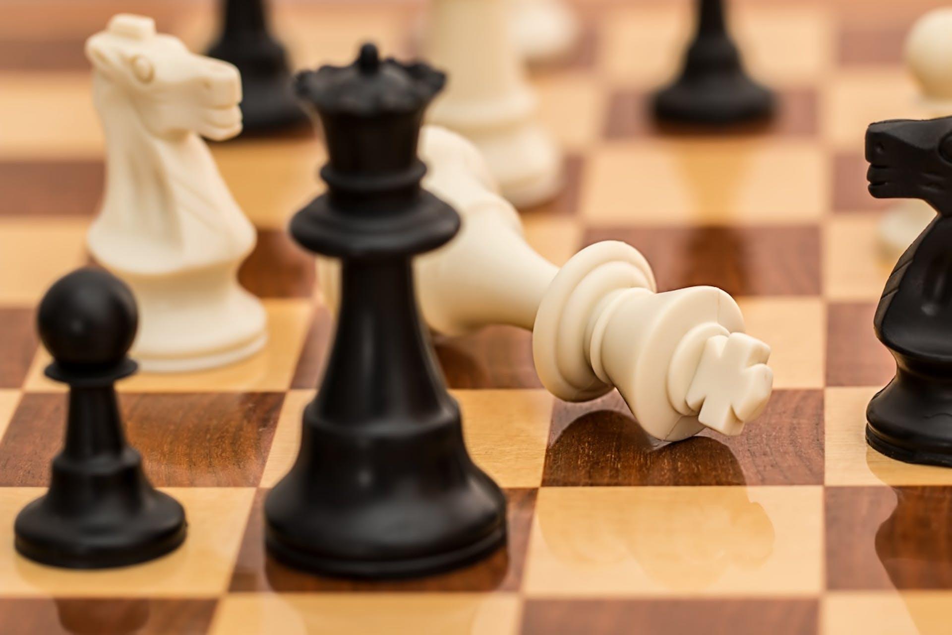 ¡Descubre qué es la negociación competitiva y gana la partida!
