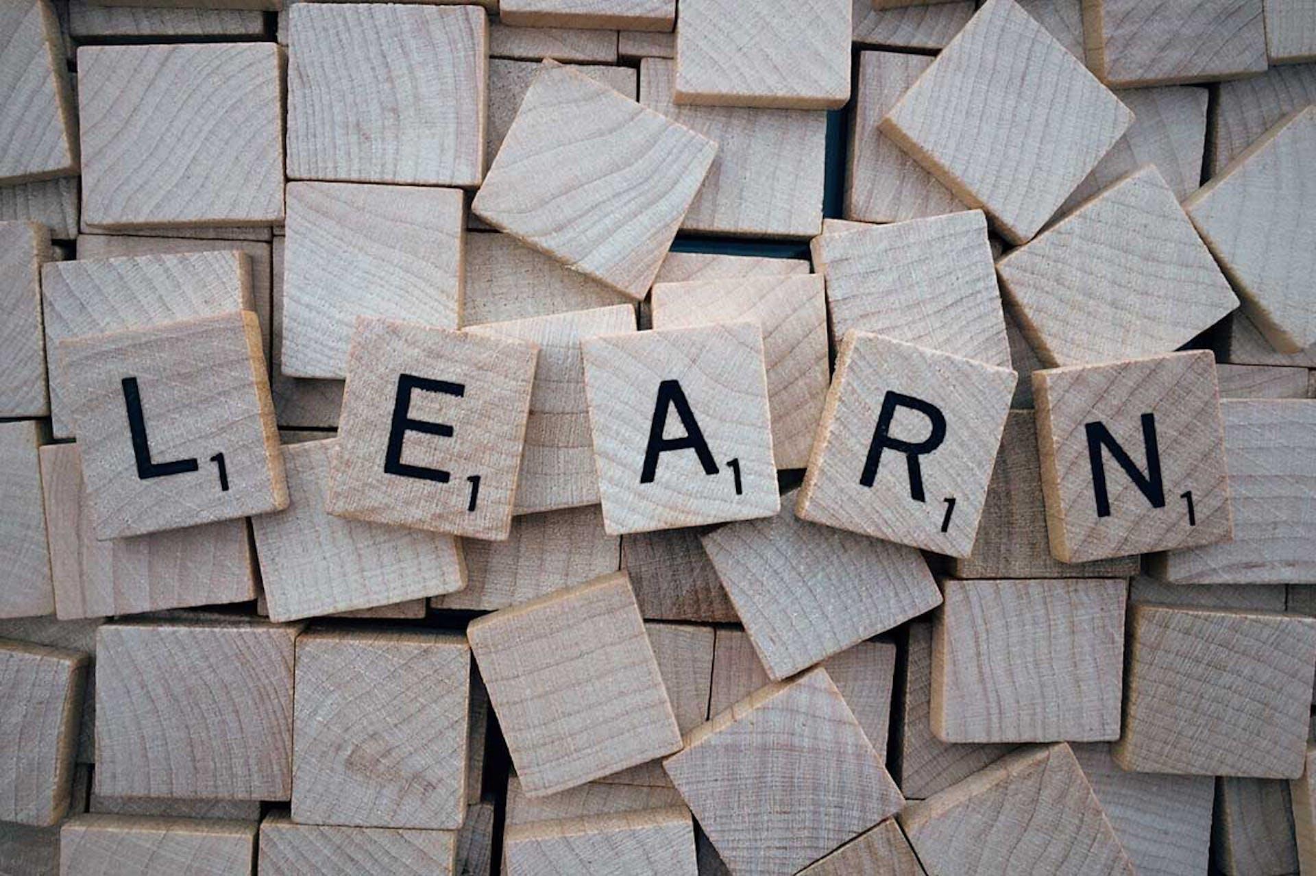 Aprende a usar el verbo ought to y brilla en tus exámenes