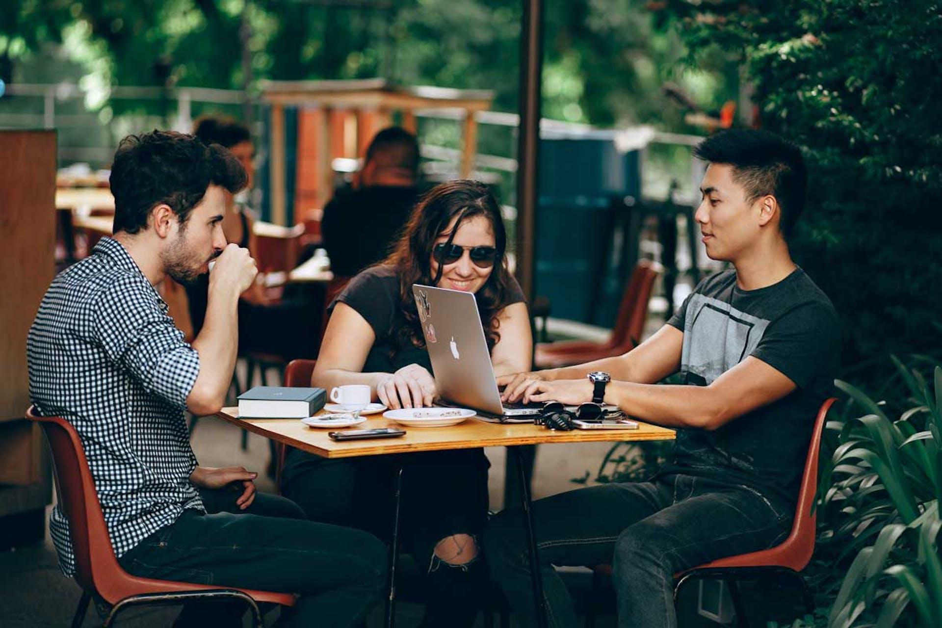 Entre los Millennials y la Generación Z: una discusión para el futuro