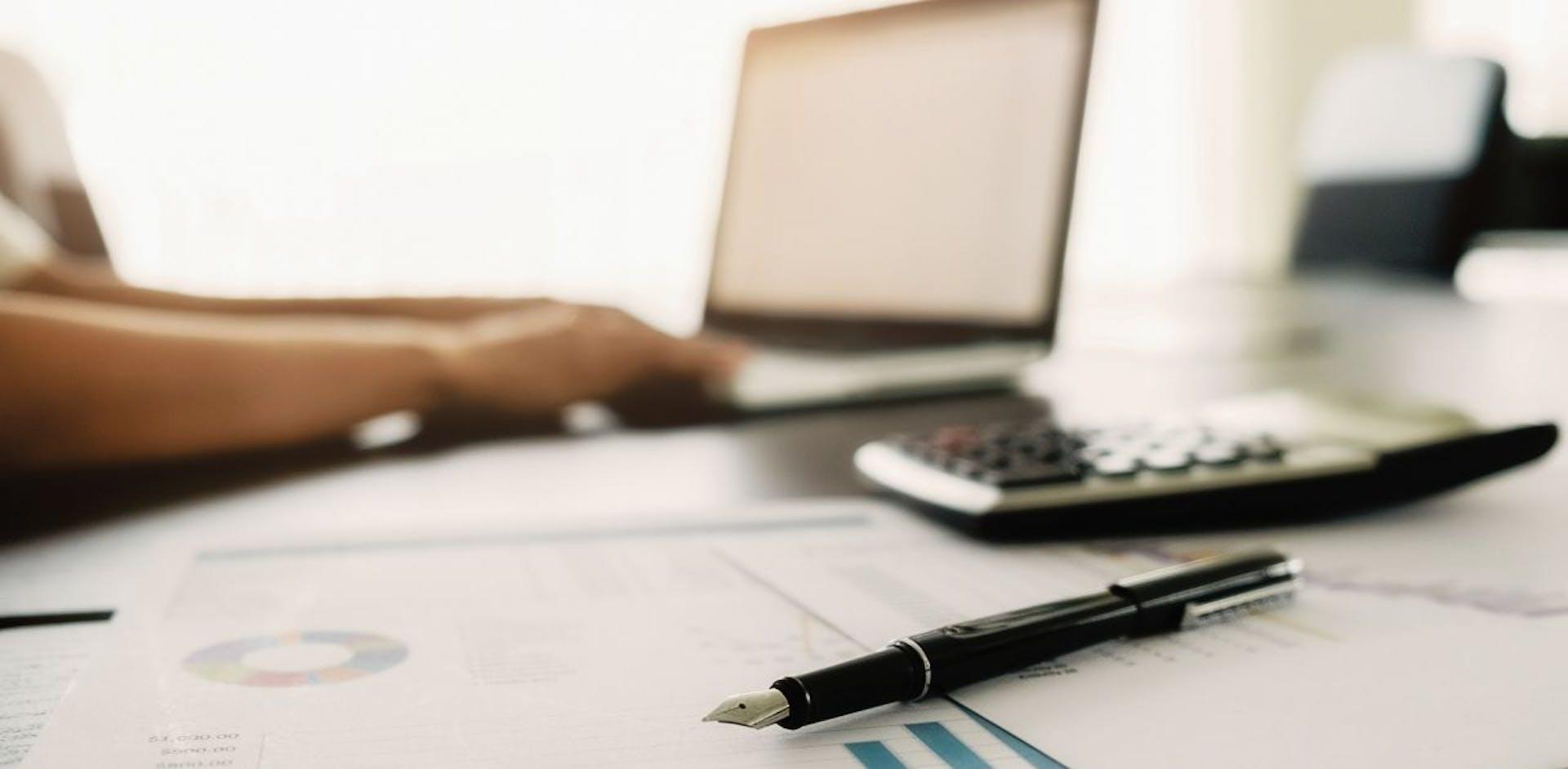 ¡Qué no te engañen! Invierte tu dinero en línea de forma segura