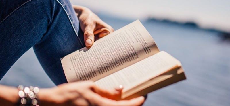 12 Ejemplos de relatos cortos para enamorarse aún más de la lectura