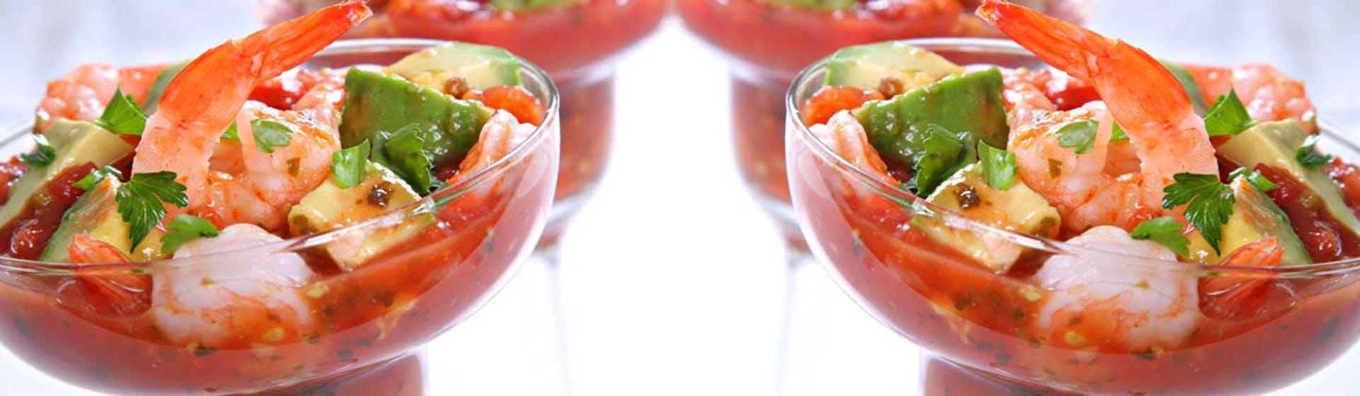 Las mejores 5 recetas de cócteles de camarón para hacer en casa