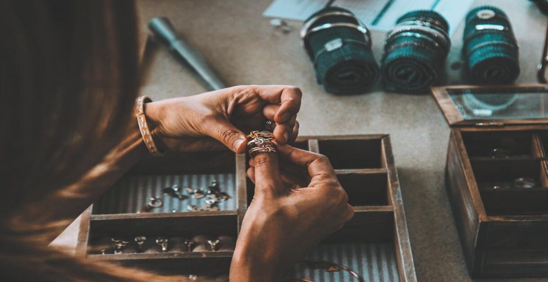 +5 herramientas de joyería para crear joyas únicas y con estilo