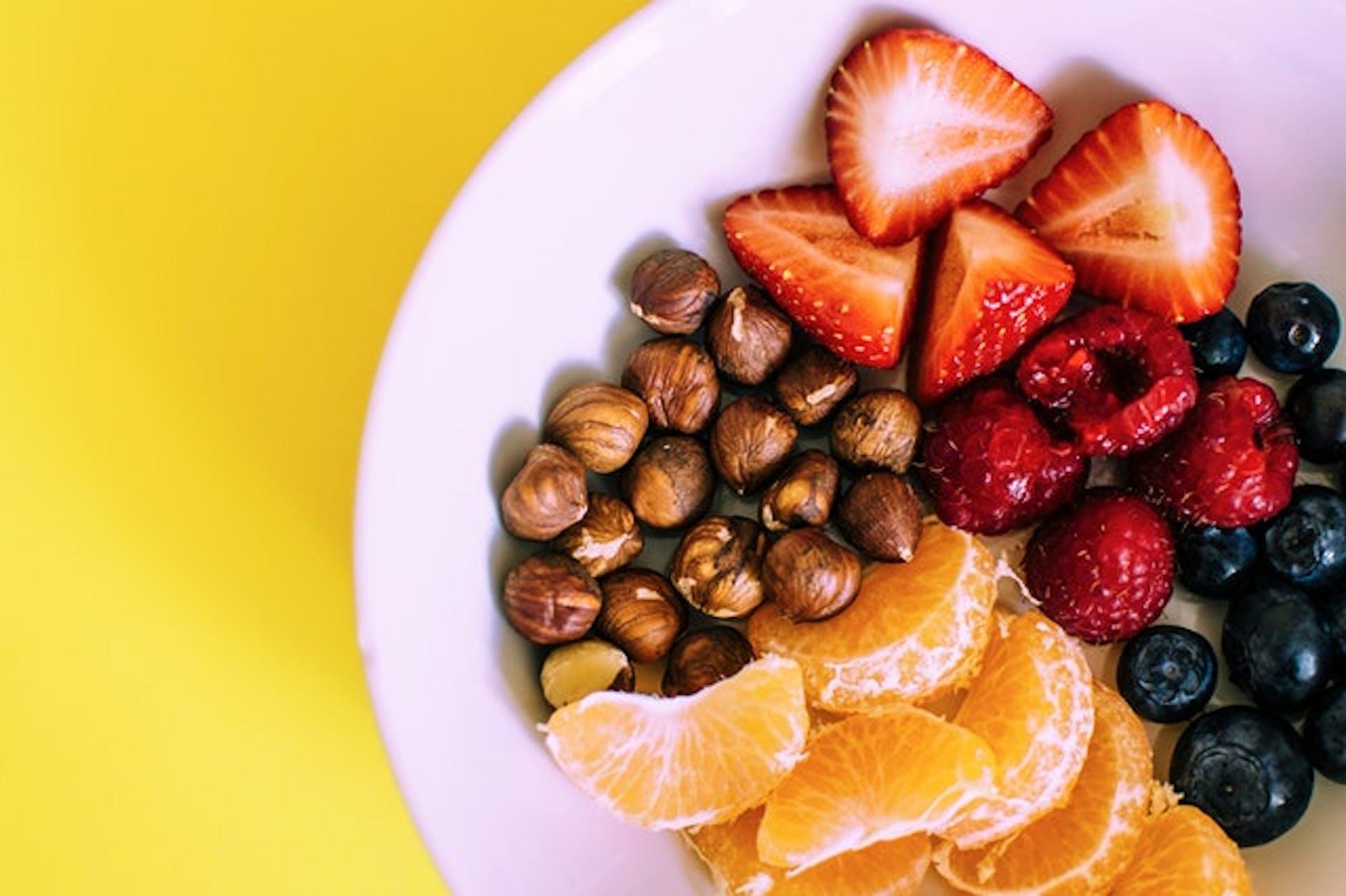 ¡Sal de dudas! ¿Qué son los snacks y qué tan cierto es que aceleran el metabolismo?