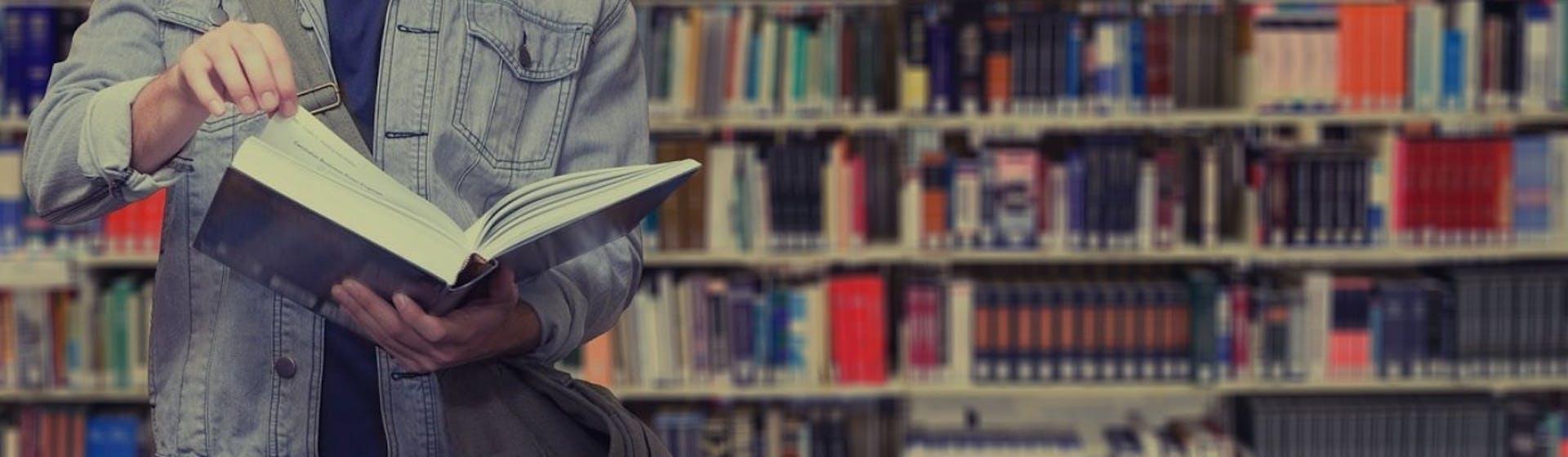 Libros de marketing digital que no deben faltar en tu biblioteca este 2021
