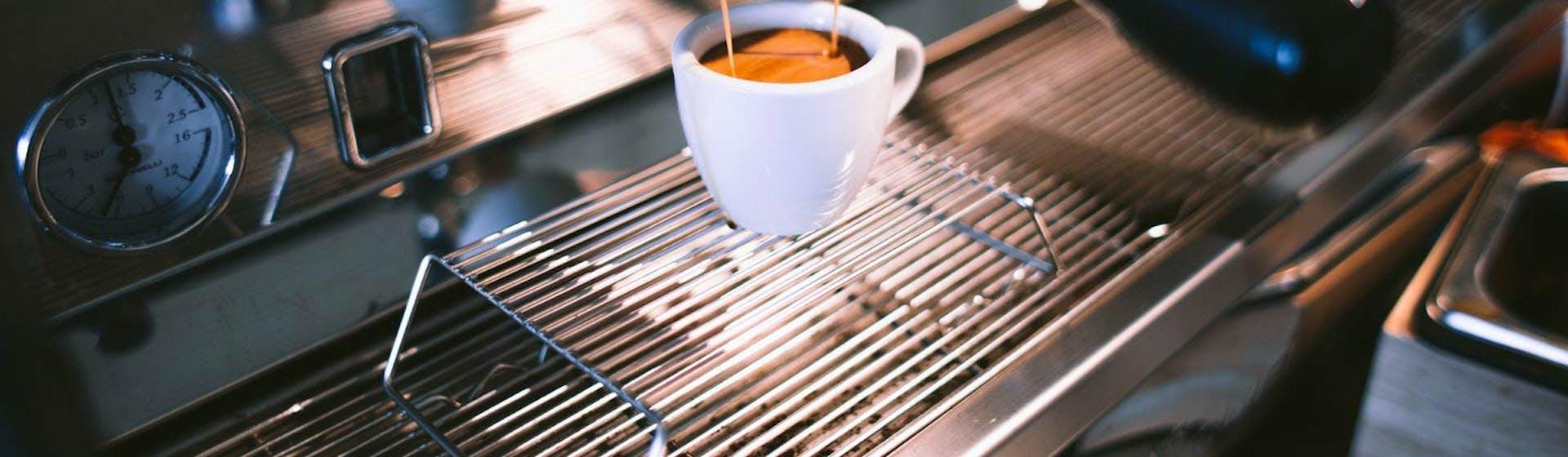 +100 ideas de slogan para una cafetería que atraerán a nuevos clientes como espuma