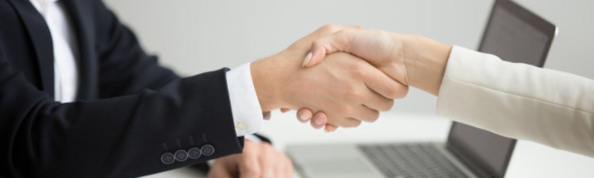 Estrategias de negociación: descubre cómo influir en los demás de manera efectiva