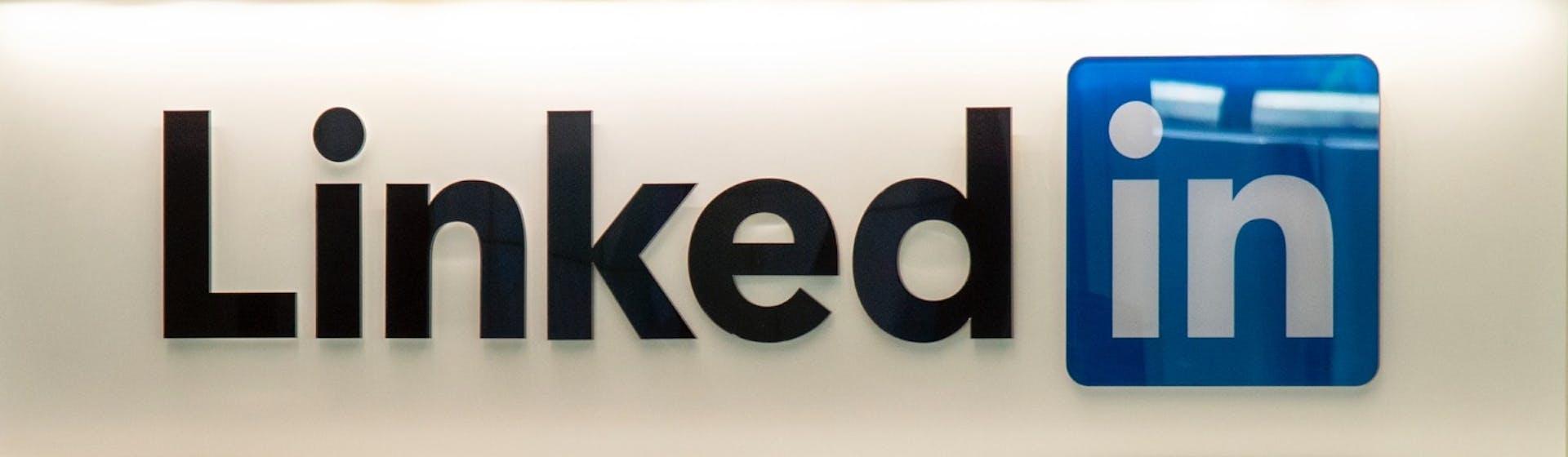 Los mejores perfiles de LinkedIn: cómo llamar la atención de tu próximo empleador