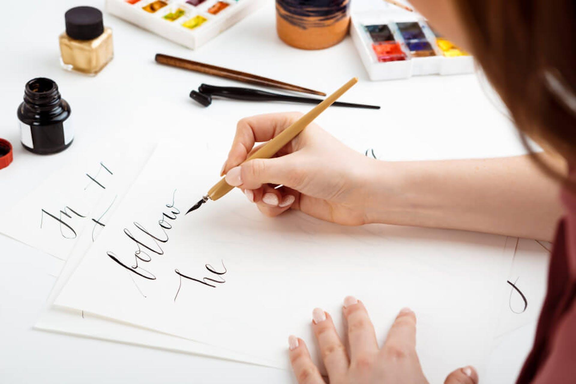¿Qué es la caligrafía? La guía que te enamorará de la escritura a mano