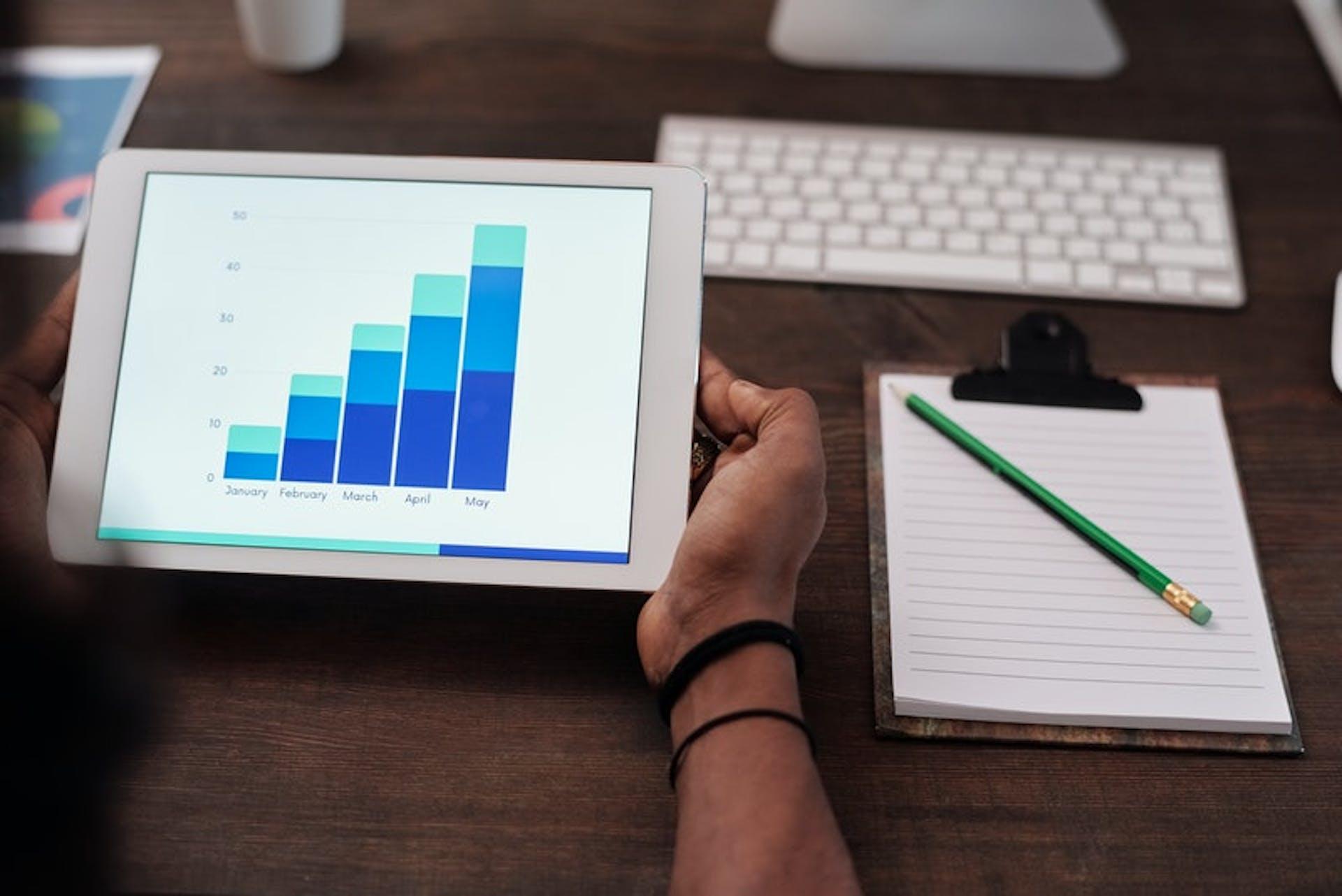 Alternativas a Google AdSense: ¡Empieza a ganar dinero con la competencia de AdSense!