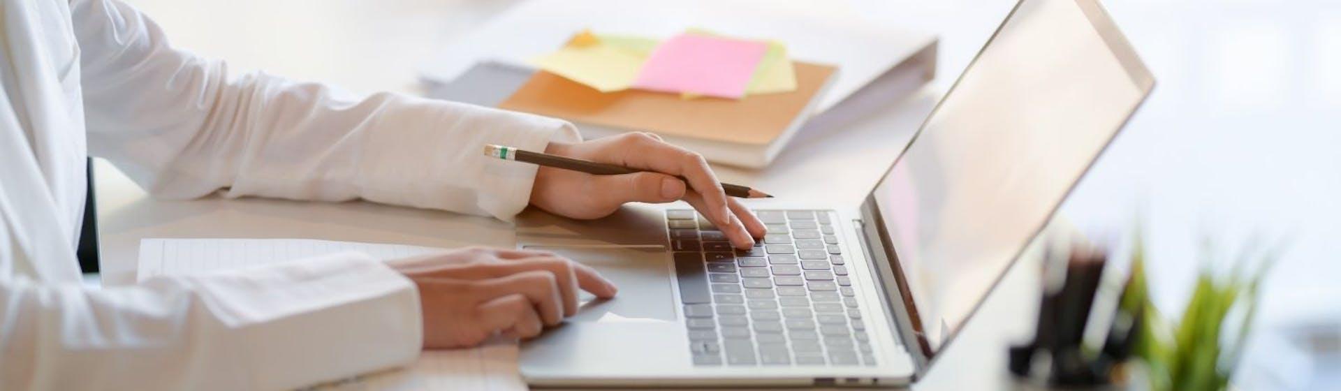 ¿Cómo hacer macros en Google Sheets? Aumenta tu productividad con esta guía