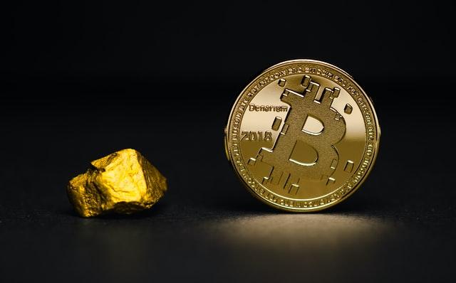 labāka tirdzniecība ar bitcoin vai ethereum bezmaksas binārā opcijas programmatūra kā nopelnīt naudu mājās