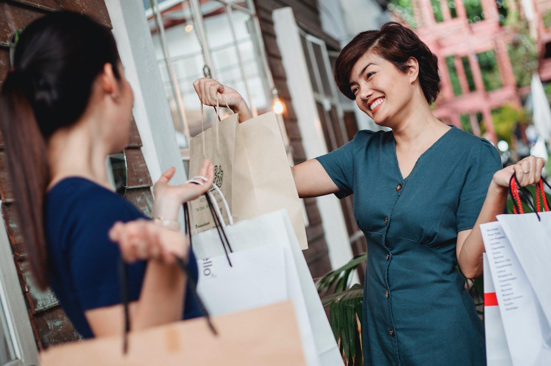 Conoce qué es la elasticidad de la demanda ¿Subir tus precios ayudará a tu negocio?