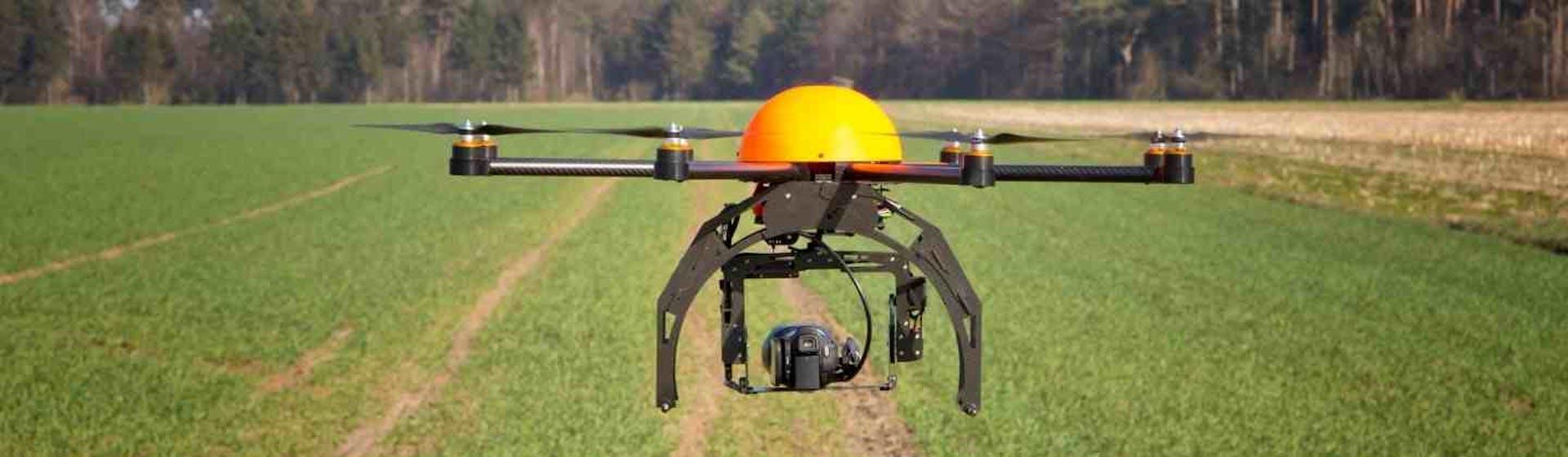 Drones para topografía: descubre sus usos y prepárate para el despegue