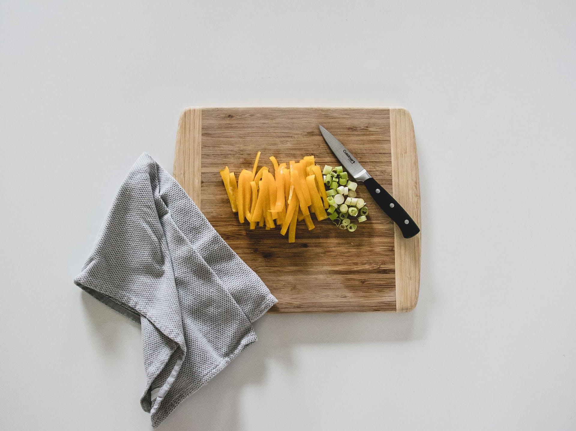 Los mejores tipos de tablas para picar que necesitas en tu cocina este 2021
