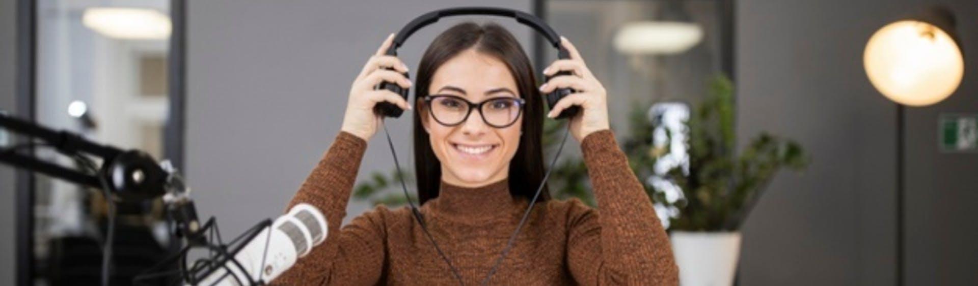 ¿Cómo iniciar un podcast? ¡Haz que tus ideas suenen!
